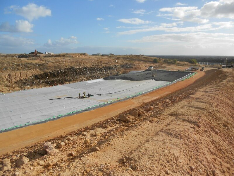 WML laying out the concrete for the Banksia road cell and leachate pond as part of their civil work project.